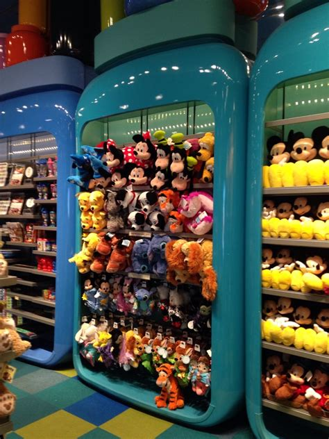 shopping in florida thedibb disney and orlando 8 awesome details to check out at disney s art of