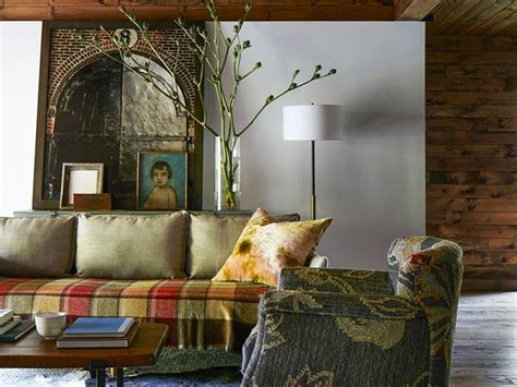 Harlequin Lewis In The Argentine S Bed Semalam Di Argentina amanda sayfried s cozy barn where she relaxes on weekends