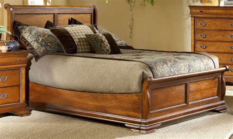 American Oak Bedroom Furniture Shenandoah American Oak Panel Bedroom Set From Largo