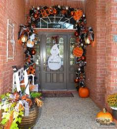Easy To Make Halloween Decorations For Outside 25 Best Ideas About Halloween Outside On Pinterest When