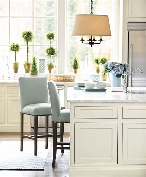 white kitchen island with stools 294 best images about furniture bar stools on