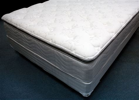 pillow top king bed king size pillow top mattress serta pillow top queen size
