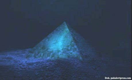 Misteri Dajjal By Buku Mulia dajjal akan muncul dari segitiga bermuda konsultasi