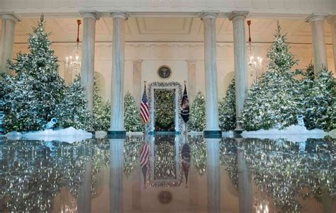 trump goes big with white house christmas but who pays