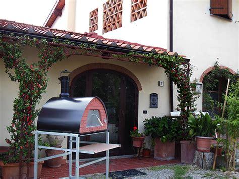 forno per pizze da giardino forno a legna da giardino pizza uso all aperto