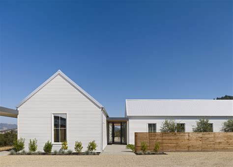 Nick Noyes Architecture by Healdsburg Residence Farmhouse Exterior San