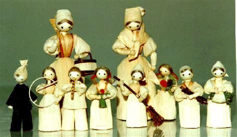 corn husk dolls to buy slovak gift shop