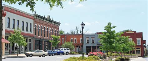 small town living why living in a small town is the best financial decision