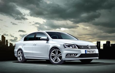 new volkswagen passat new volkswagen passat r line saloon front