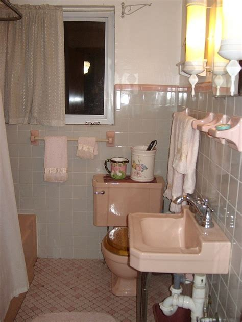 Bathroom Place Owners 46 Best Images About 1950s Moderne Pink And Gray