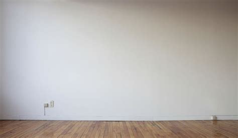 blank gallery wall wall d 233 cor challenge what to do when you have a big blank