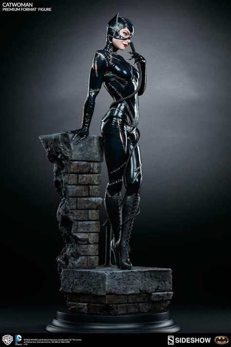 Batman Returns Catwoman Premium Format Statue   Sideshow