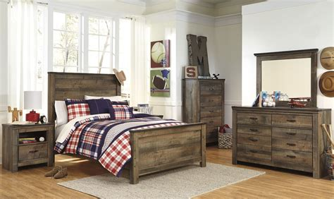 Trinell Bedroom Set by Trinell Brown Panel Bedroom Set From B446 54 57 96