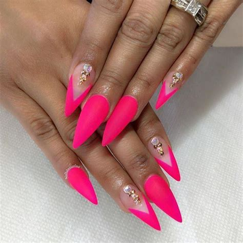 Nägel Lackieren Essen by Neon Pink Summer Nails Stiletto Nails Nailssss