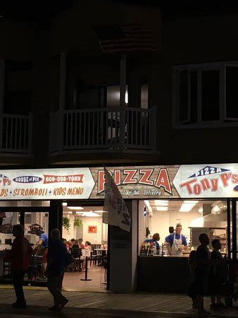 Tony S House Of Pizza by Tony P S House Of Pie Pizza Place 986 Boardwalk In