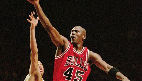 michael jordan nba career biography 19 years ago today michael jordan announced he was coming