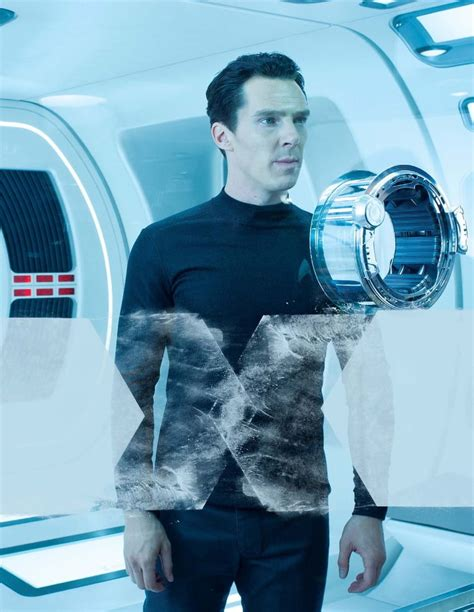hot chick from star trek into darkness picture of benedict cumberbatch