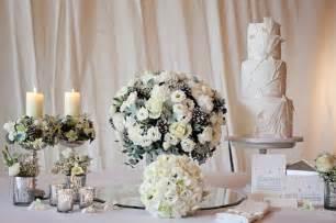 dekorationen hochzeit schicke und g 252 nstige blumen tischdeko zu ihrer hochzeit