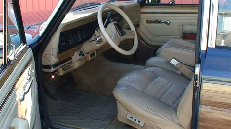 1990 jeep wagoneer interior 1990 jeep grand wagoneer interior pictures cargurus