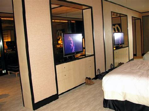 bunk beds las vegas room with 2 double beds picture of encore at wynn las