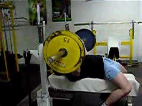 200 lb bench press bench press warm up 200 lbs 90 kg youtube