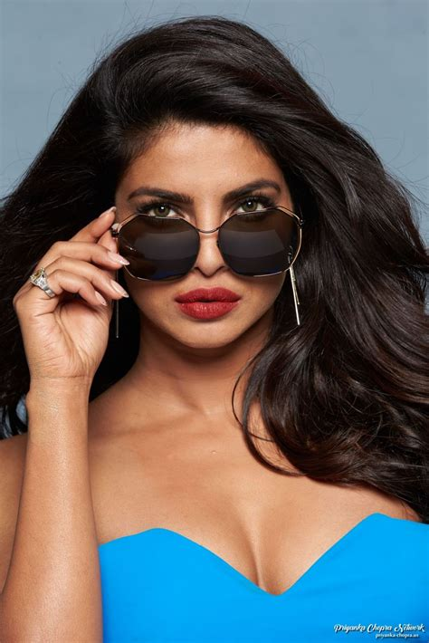 priyanka chopra comments on film priyanka chopra sizzles in blue gown for baywatch promo