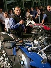 Bmw Motorrad Niederlassung M Nchen Telefonnummer by Das Bmw Motorrad Zentrum M 252 Nchen Feierte Den Ausklang Der