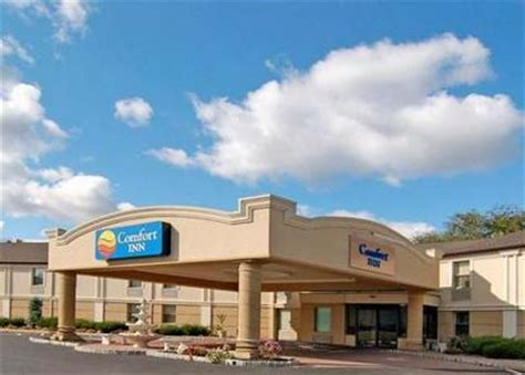 comfort inn langhorne pa comfort inn levittown levittown deals see hotel photos