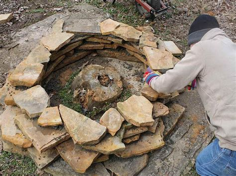 how to make a simple fire pit in your backyard how to build an easy fire pit fire pit design ideas
