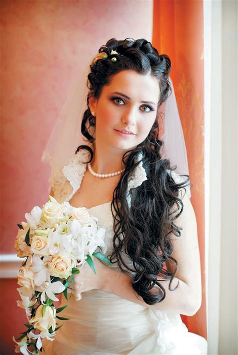 wedding hairstyles curly hair veil wedding hairstyles updos with veil 2012