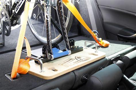 Fahrradhalterung Auto by Fahrrad Im Auto Transportieren Hts System Fahrradtr 228 Ger