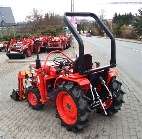 Traktor Neu Lackieren Kosten by Kleintraktor Allrad Traktor Kubota B1902 Gebr Mit Neuem