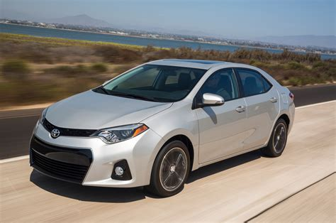 Toyota Corolla Mpg 2015 2015 Toyota Corolla Reviews And Rating Motor Trend