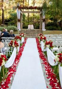 Simple Home Wedding Decoration Ideas by 23 Outdoor Wedding Decoration Ideas Weddingwoow Com