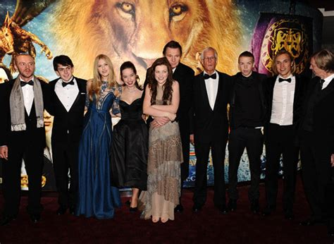 film narnia cast the royal premiere of the chronicles of narnia the voyage