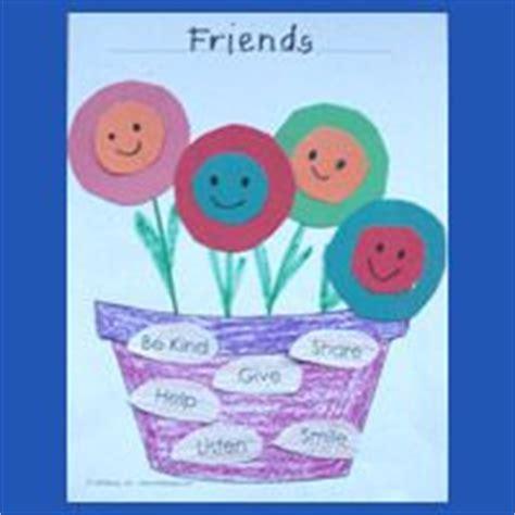 crafts for friends 25 best ideas about friendship preschool crafts on