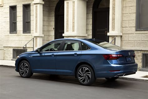 new volkswagen sedan bigger techier better that s the new 2019 volkswagen
