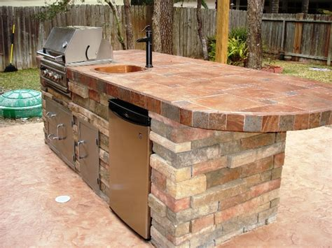 outdoor kitchen ideas for small spaces 28 outdoor kitchen designs for small spaces chic