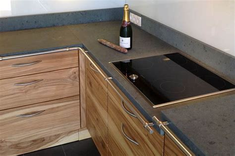 holzküchen ruptos wohnzimmer steintapete