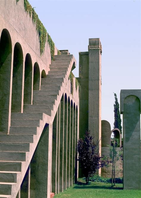 ricardo bofill la fabrica abandoned factory turned architect s dream