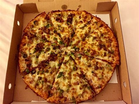 table pizza richmond roundntable pizza picture of table pizza richmond