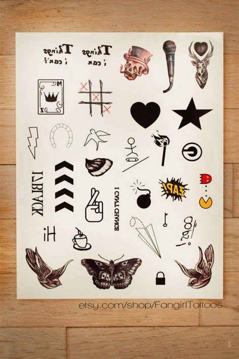 one direction temporary tattoos 19 gifts every one direction fan needs in their