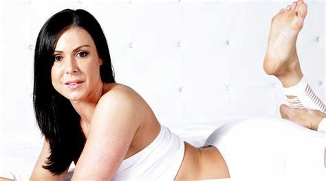 Kendra Lust Bathtub by Kendra Images