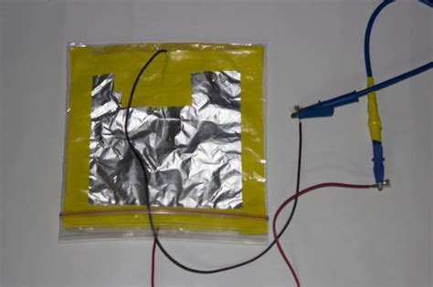 how to make a simple capacitor how to make a simple high voltage capacitor with around the house materials