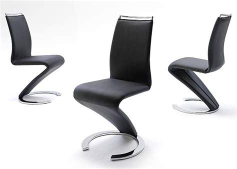 chaise en cuir noir chaise en simili cuir noir id 233 es de d 233 coration