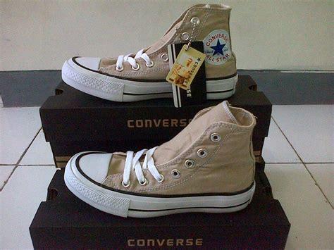 Sepatu Converse All Black Hitam Plus Box jual sepatu converse all high box kq 5