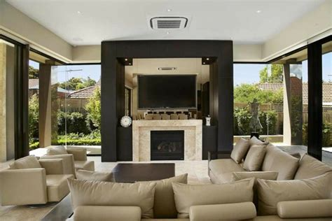 chimenea y tele chimeneas bioetanol y televisor integrado en la pared