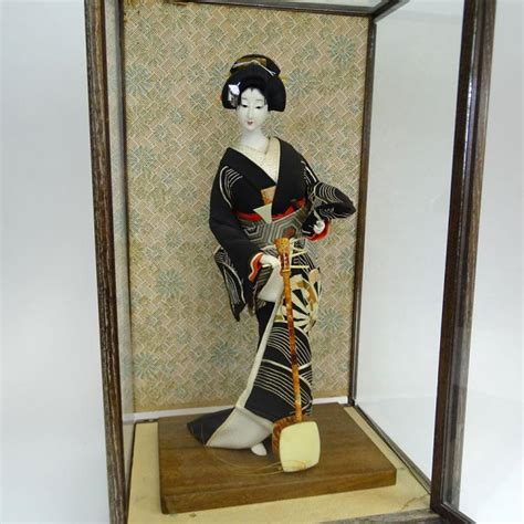japanese glass vintage japanese geisha doll in glass