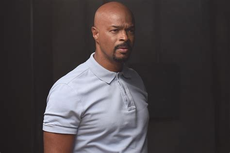 damon wayans on lethal weapon lethal weapon damon wayans quits series tv guide