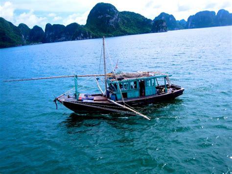 fishing boat in japan japan frees chinese fishing boat captain rafael s blog